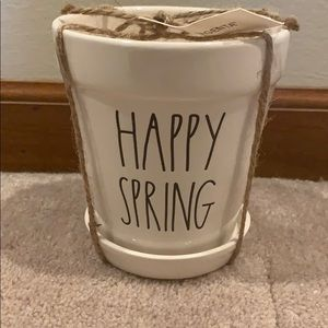 BRAND NEW! Rae Dunn happy spring pot